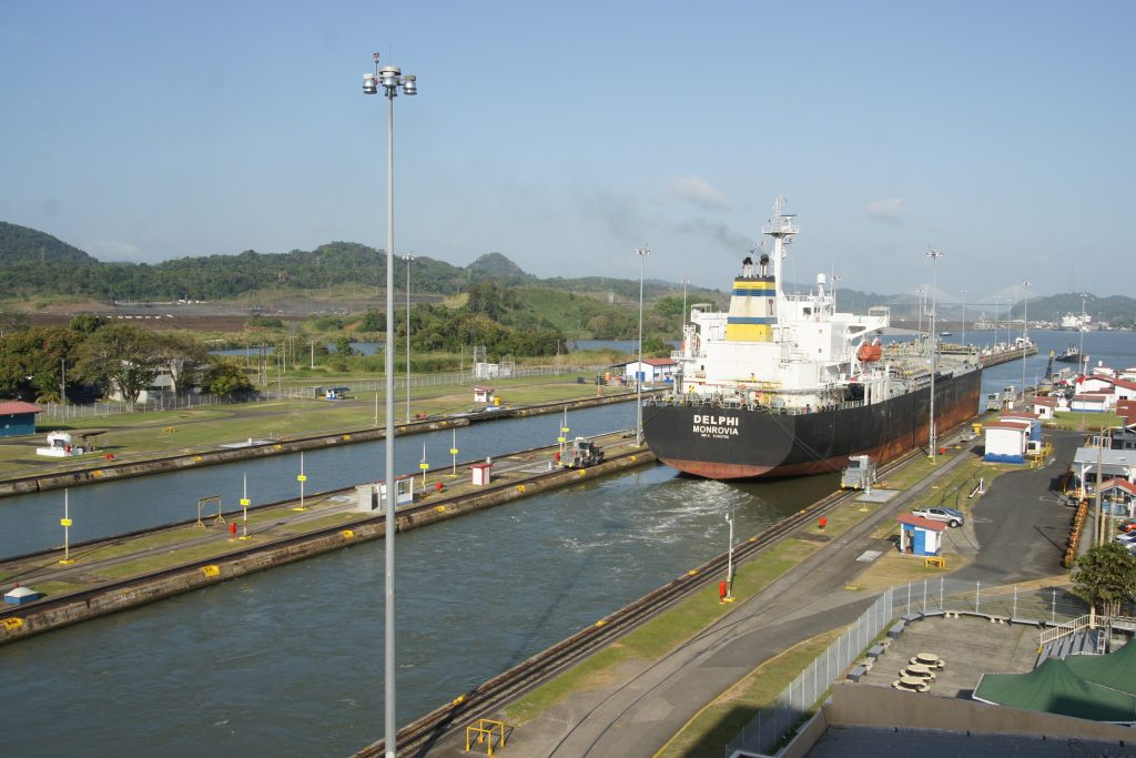 How to visit panama canal and national parks