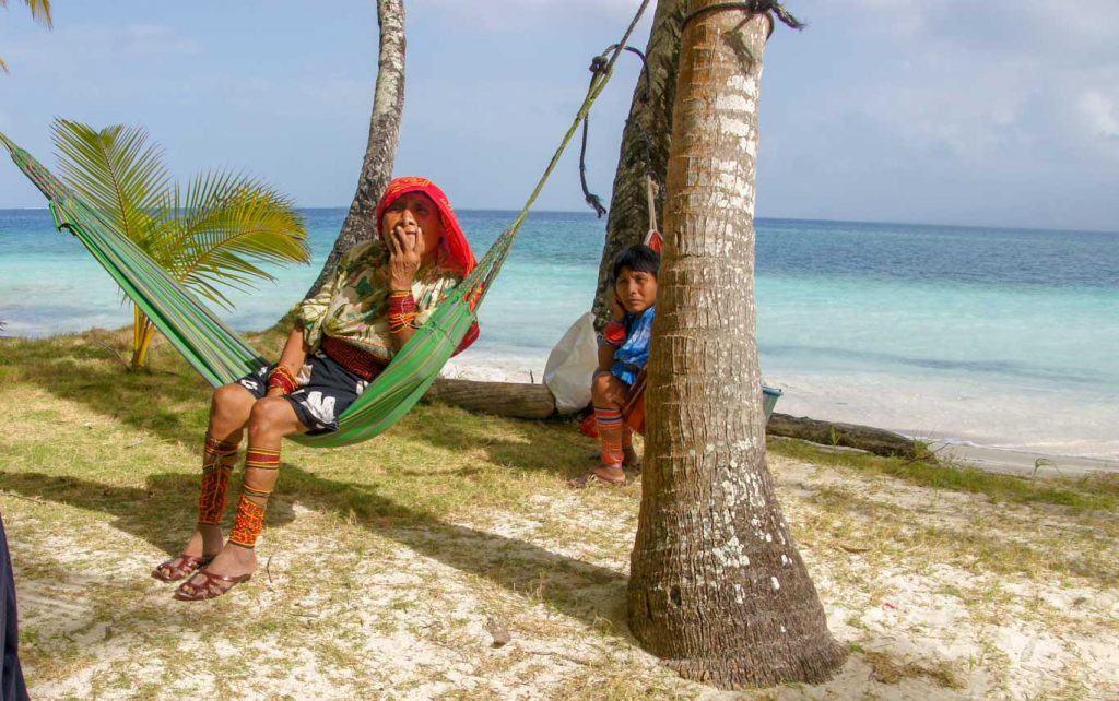 How to go to San Blas and what to do on San Blas Islands Kuna Comunity
