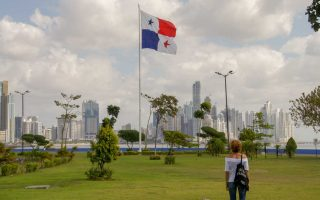Welcome in Panama City our arrival and installation in a cheap hotel
