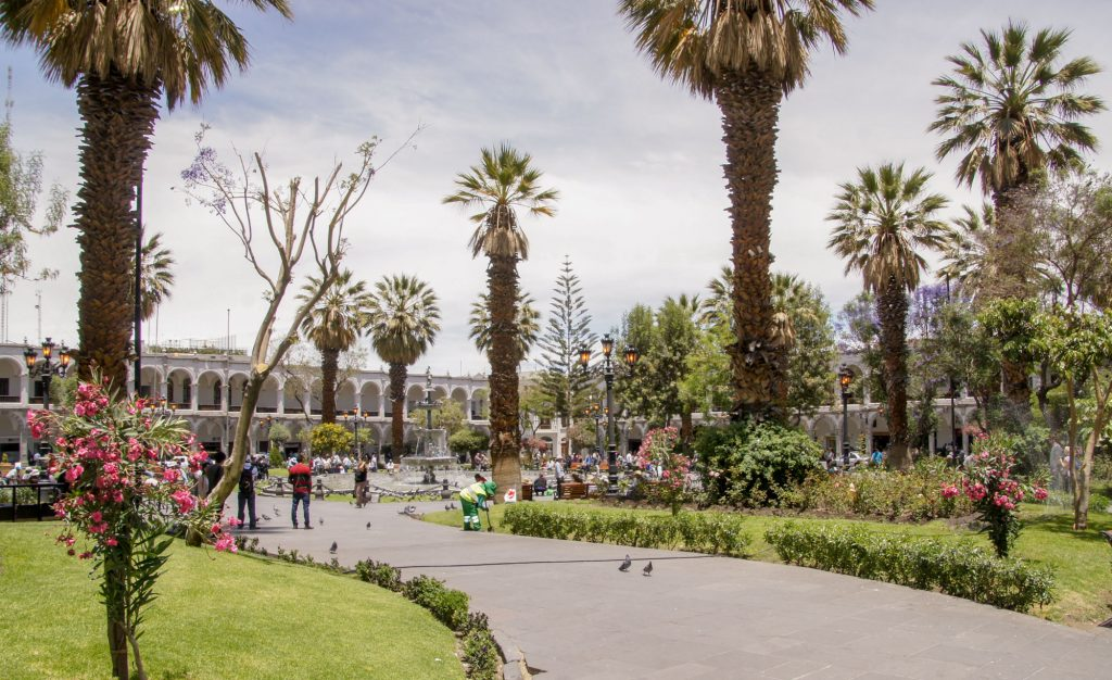 Arequipa in 1 day - The Plaza de Armas and its Cathedral