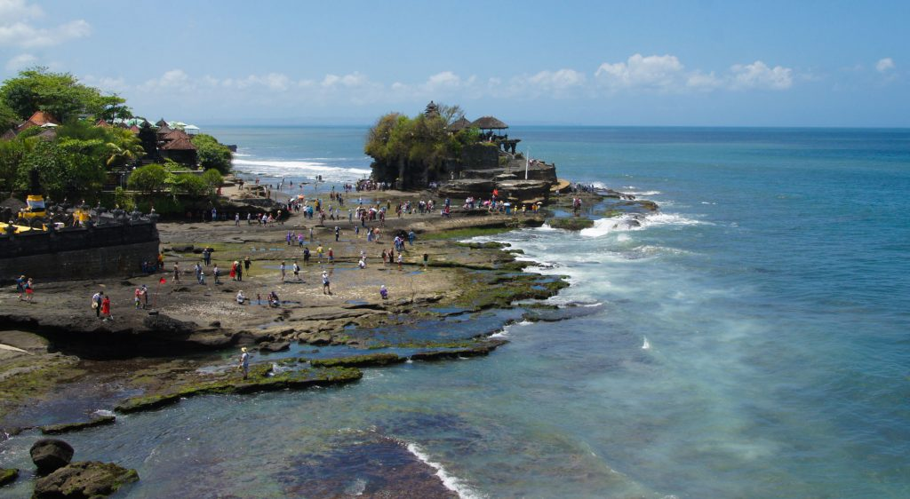 South Bali tour The tanah lot temple