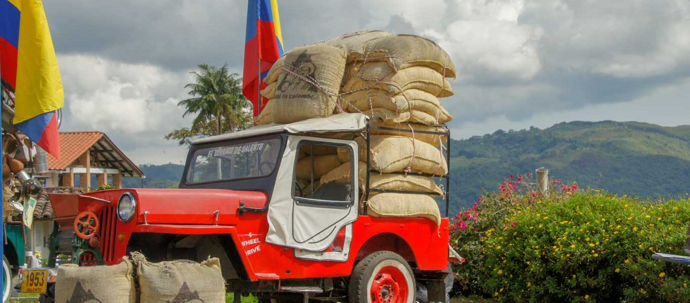 What to see in the coffee region in Colombia Visit a coffee finca