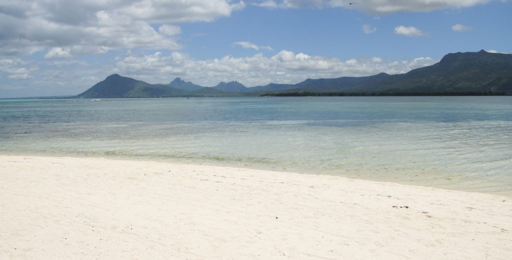 best beaches in Mauritius South coast and Morne