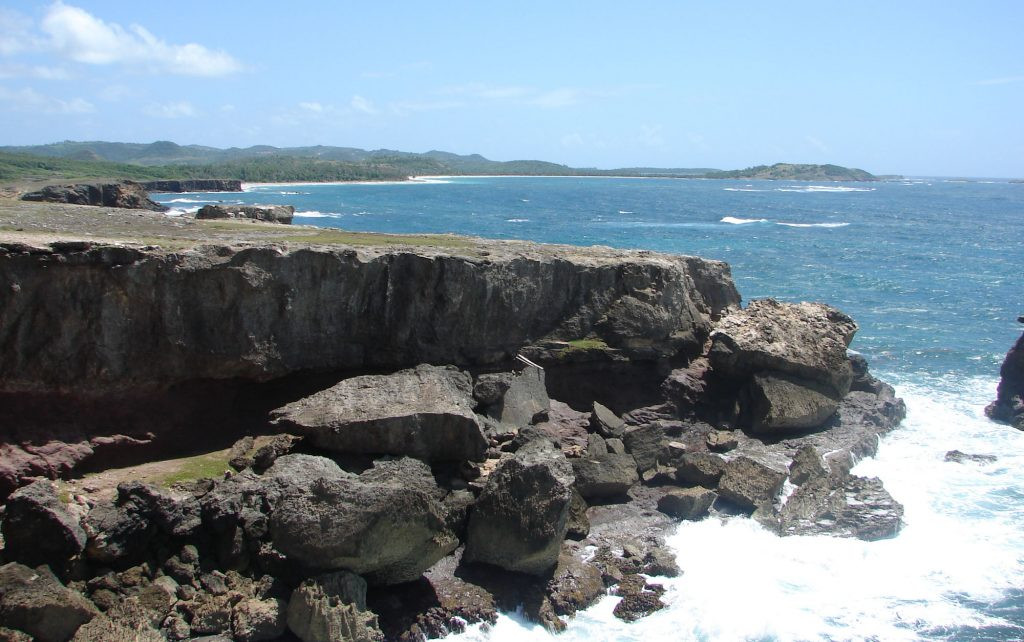 Which coast in Martinique - The North of the island with violent beaches